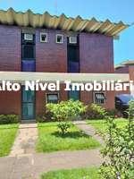Casa duplex em condomínio com 2 quartos para venda no Portinho