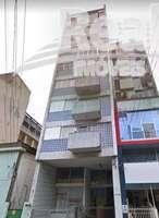 Apartamento amplo no Bom Retiro, muito bem localizado no bairro. à 3 quadras do metrô Tiradentes.