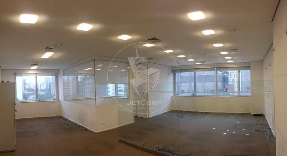 Salas Comerciais Corporativas semi mobiliadas próximas ao metrô - locação - 900 m²