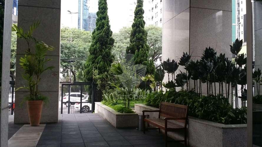 Escritório corporativo semi mobiliado próximo ao metrô - locação - 900 m²