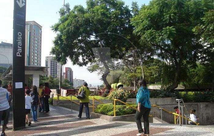 Escritório corporativo para locação na região da Paulista - metrô - 243 m²