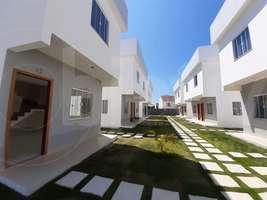 Casa duplex 1ª locação, 2 suítes, 1 vaga, Peró - Cabo Frio