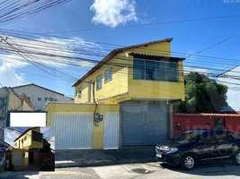 Casa com 2 quartos, 3 vagas + loja de frente para rua, Jardim Caiçara - Cabo Frio