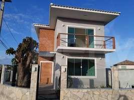 Casa duplex, 3 suítes, 2 vagas, 200 m², Balneário - São Pedro da Aldeia