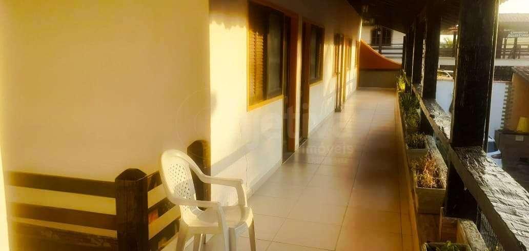 corredor de acesso ao apartamento